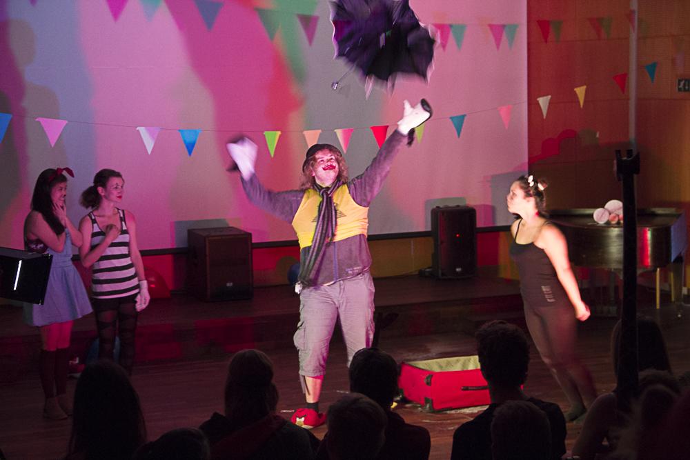sirkus på elevkveld