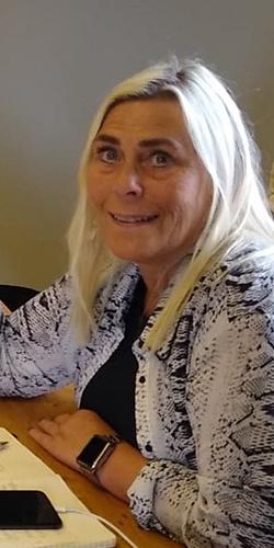 Styreleder Kristin Sæther er levende opptatt av folkehøgskolen